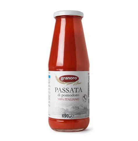 Rajčatový protlak (passata di pomodoro) 690g